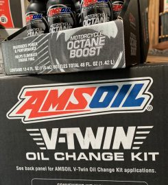 AMSOIL Booth at Bargain Hunters Knoxville (Aisle 5 – Booth R4)